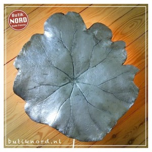 Vintage Swedish NK leaf wall lamp.